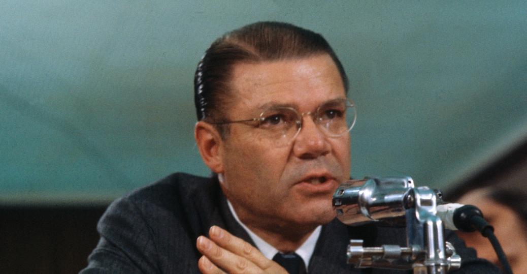 robert mcnamara, president kennedy, excom, secretary of defense, cuban missile crisis, the cold war