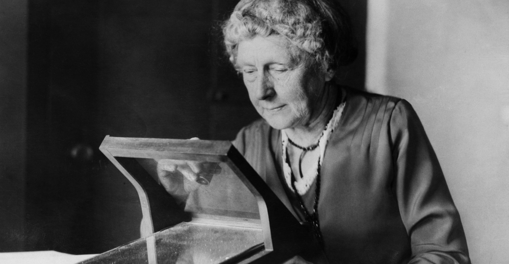 annie cannon, astronomer, oxford, doctorate, first woman to receive an honorary doctorate from oxford, women in science, women's history