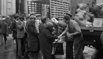 Breadlines And Soup Kitchens During The Great Depression
