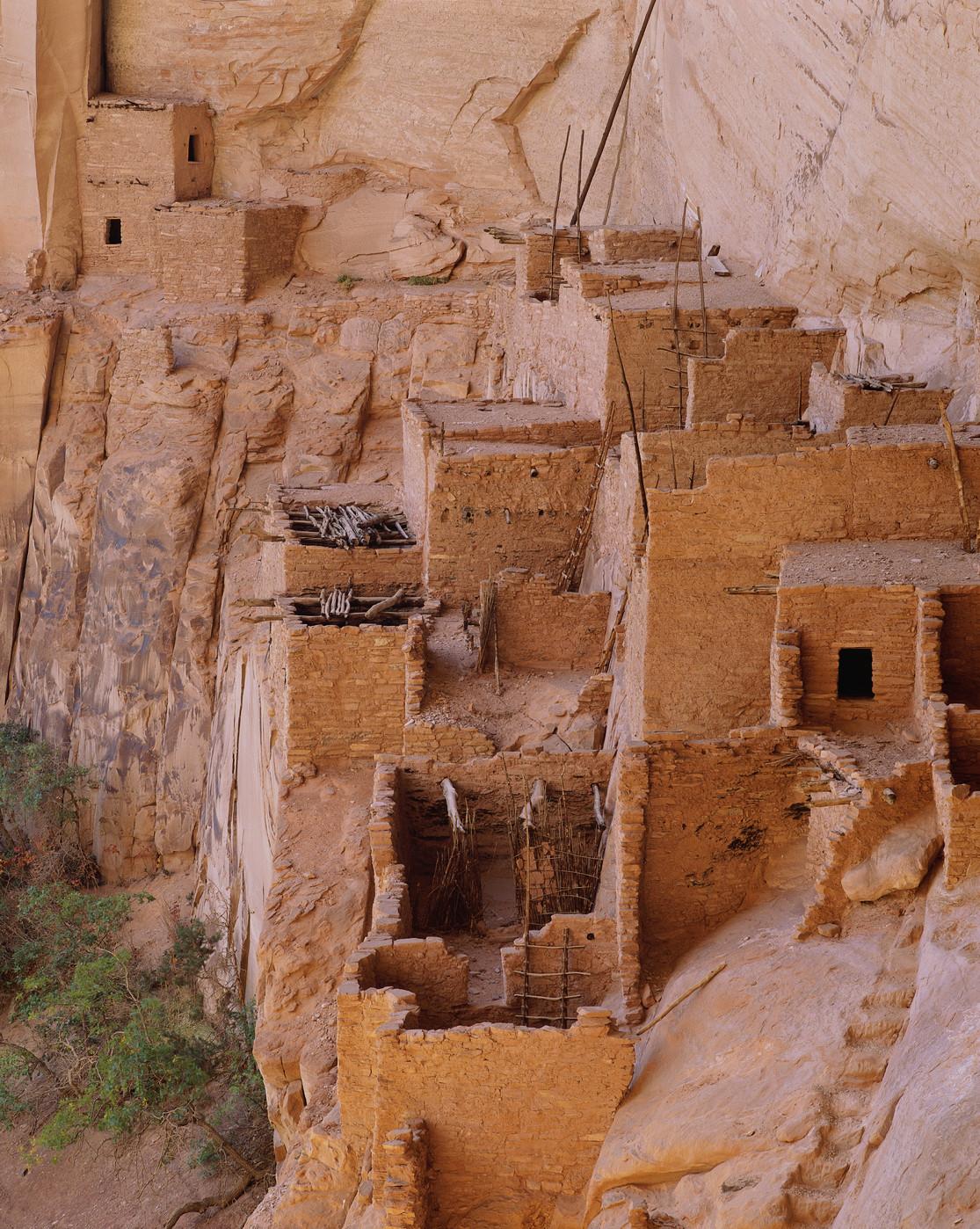 betatakin-anasazi-cliff-dwelling-at-navajo-national ...