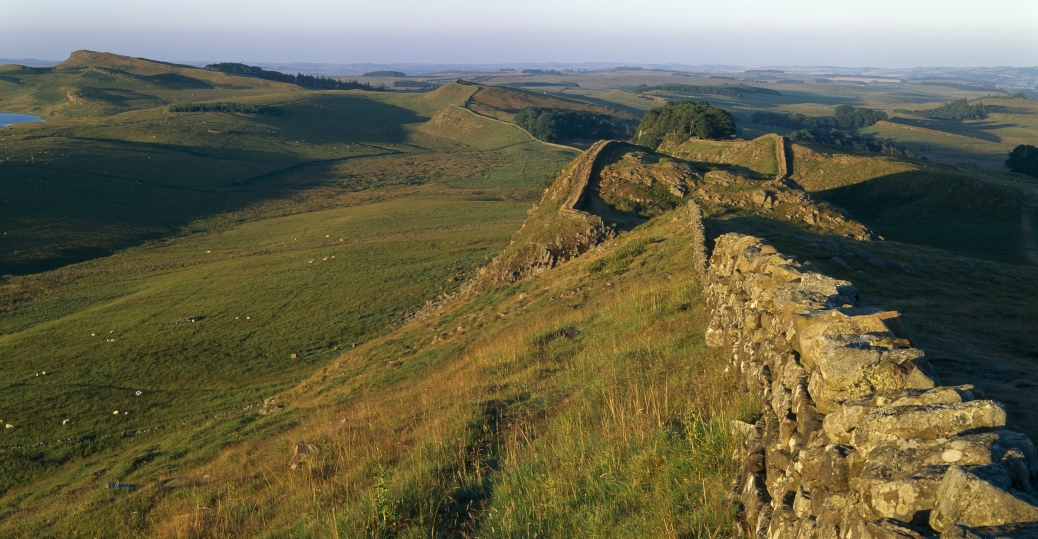 hadrian's wall, britain, barbarian invaders, roman soldiers, AD 122, ancient rome, roman architecture and engineering