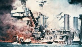 battleshipsburningatpearlharbor2 pearl harbor