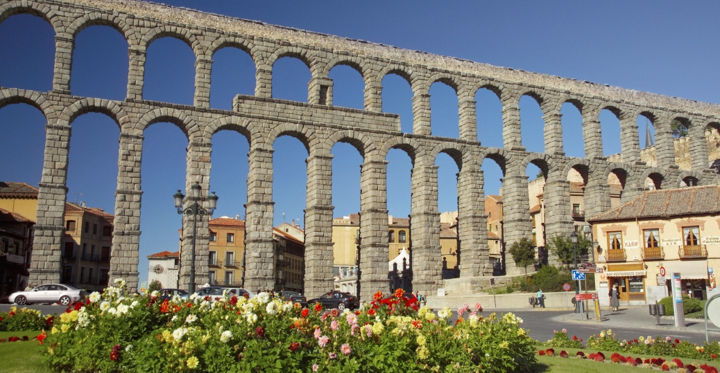 segovia aqueduct, spain, AD 98-117, roman aqueduct, water, segovia, spain, roman engineering, ancient rome