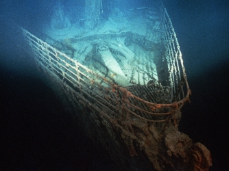the titanic, bow of the titanic, 1985