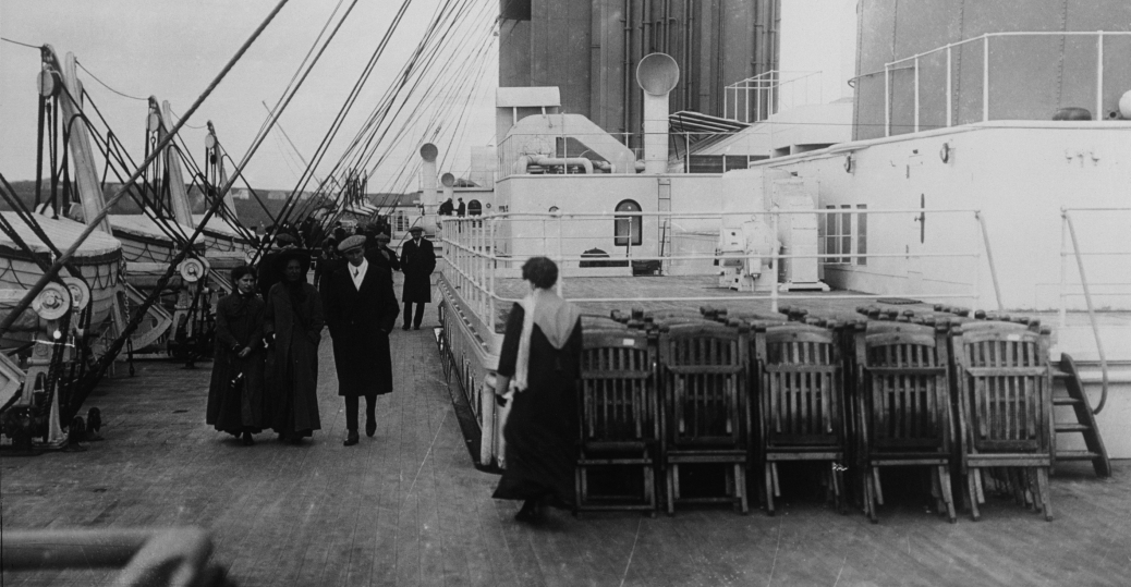the titanic, the deck of the titanic, 1912