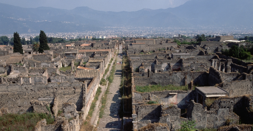 via de mercurio, pompeii, blocks of lava, heavy stone, roman roads, straight paths, ancient rome, rome, roman architecture and engineering