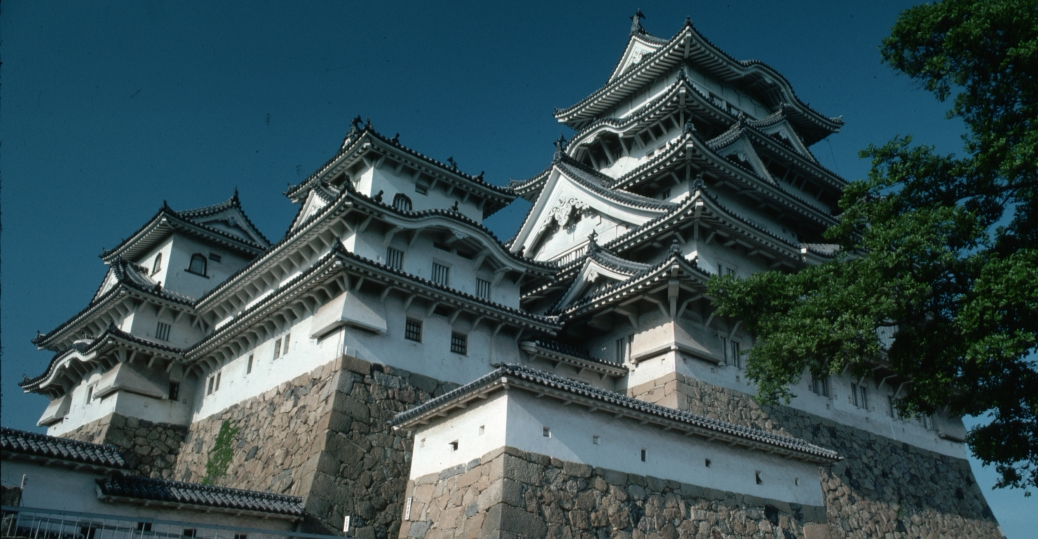 himeji castle, 17th century japanese architecture, harima plain, center for feudal control, three centuries, feudal japan