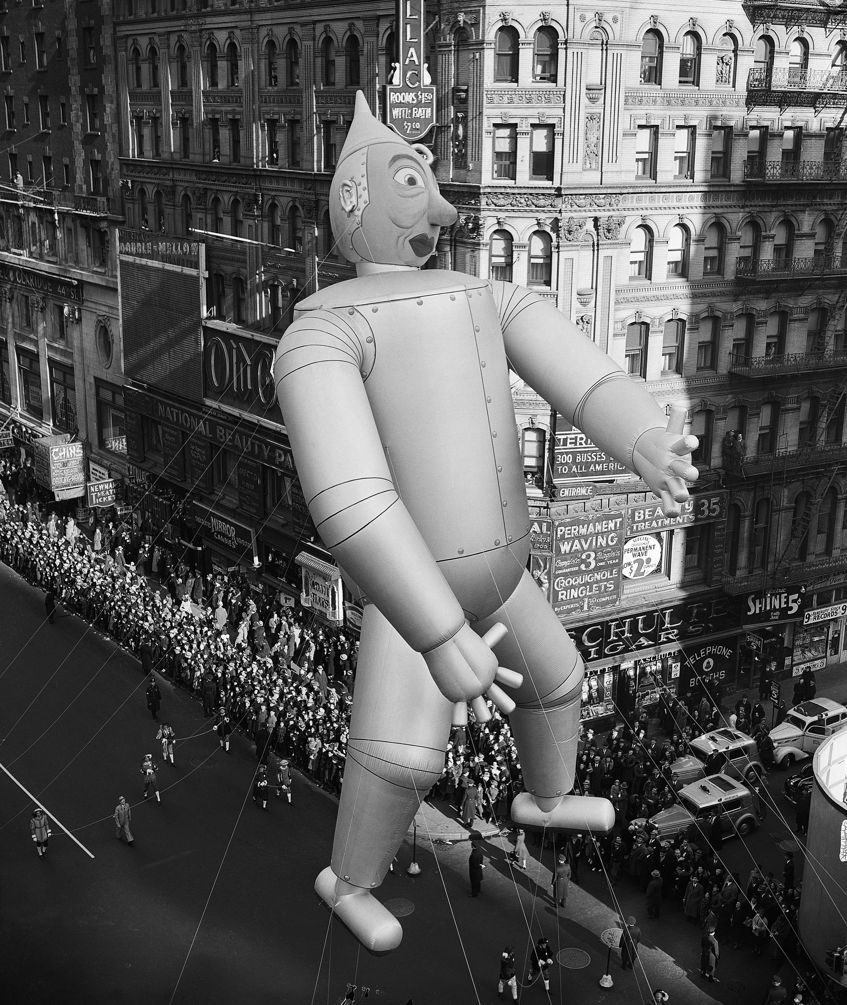 The Tin Man Times Square 1939 Thanksgiving Macys Day Parade