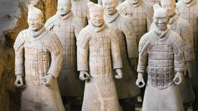 an introduction to the history of chinese terra cotta worriers 2,000 years of chinese history the mandate of heaven and confucius: crash course world history #7 in which john introduces you to quite a lot of chinese his.