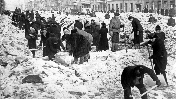 Russian exhibit depicting Siege of Leningrad.