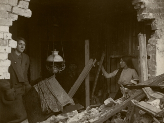 London home damaged by World War I German zeppelin raids