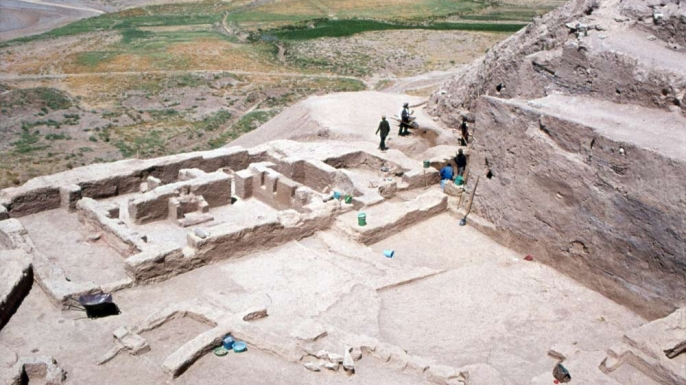 """The main building at Godin Tepe, where researchers have found two windows they believe might have been used for """"takeout."""" ("""