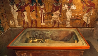 Was King Tut Buried in a Hurry?