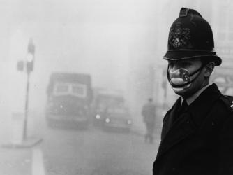 hith-london-smog-police