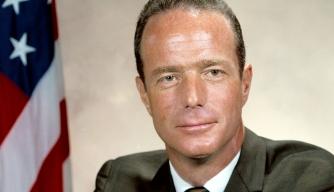 Scott Carpenter, Second American to Orbit the Earth, Dies at 88