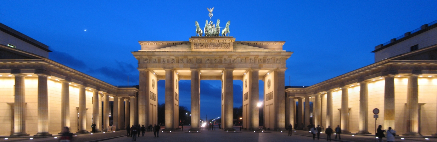 brandenburg gate a brief history history in the headlines. Black Bedroom Furniture Sets. Home Design Ideas