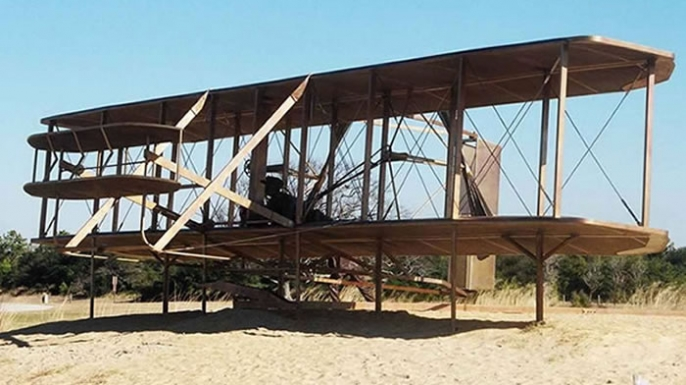 A history of the creation of the airplane by wilbur and orville wright