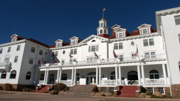 list-7-historic-haunts-stanley-hotel