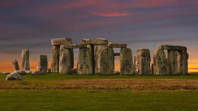 Facts about the complicated structure of stonehenge located in england