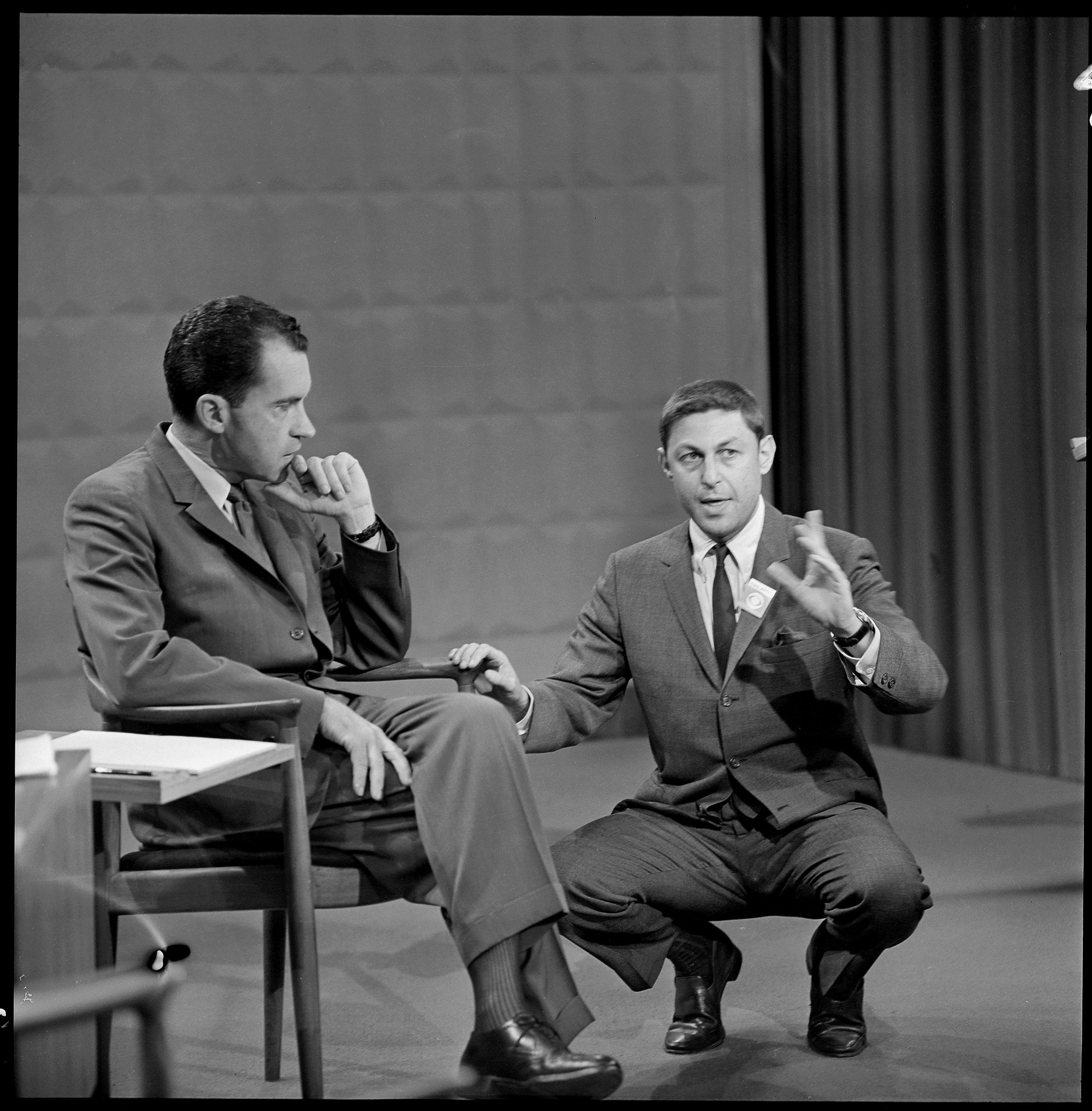 kennedy and nixon meet in first televised presidential debate