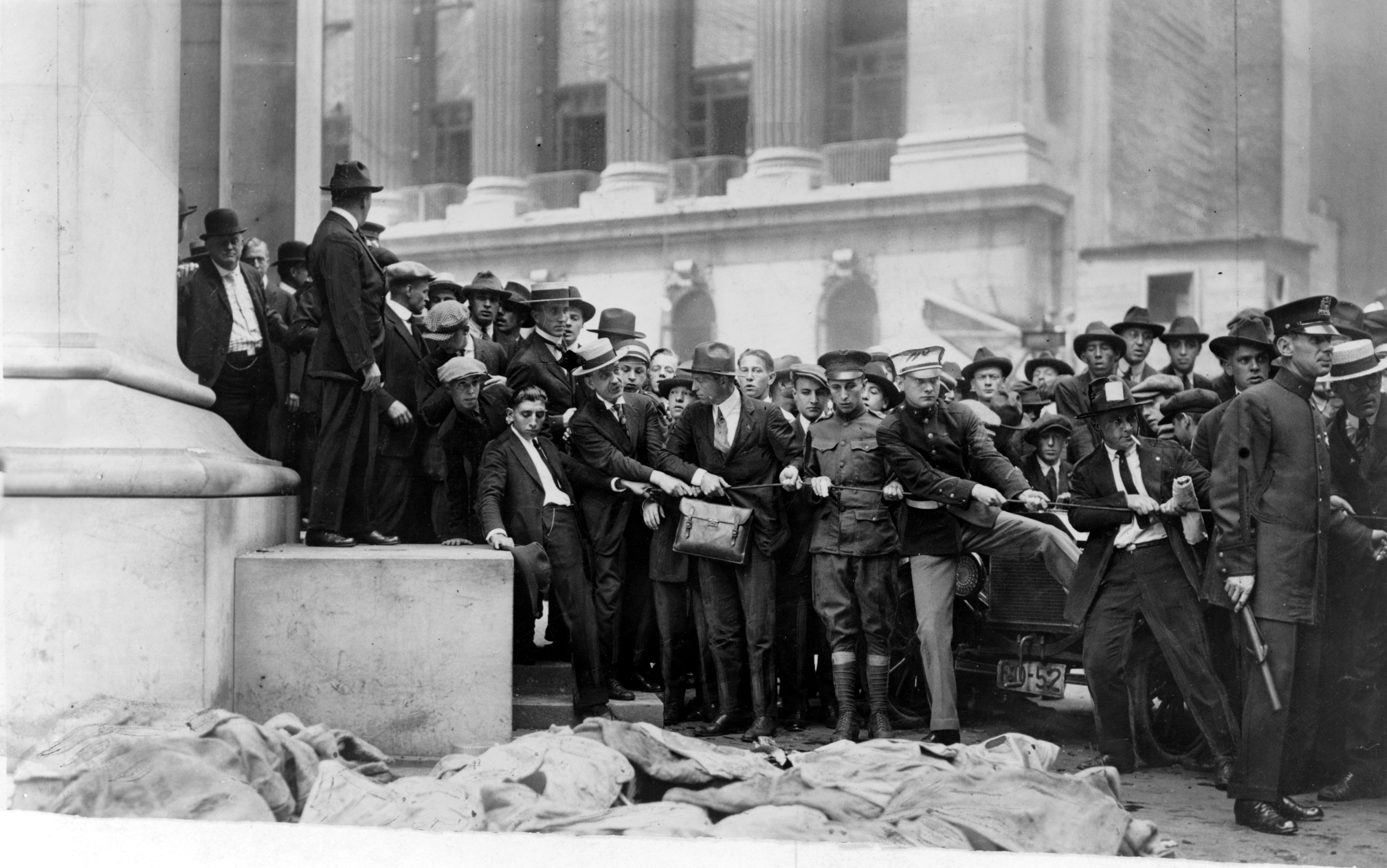 Wall Street Bombing Marks In Building