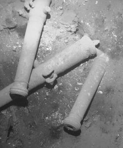 Artifacts found in the wreckage of Spanish galleon San Jose. (Credit: Colombian Ministry of Culture)