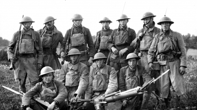 Group portrait of soldiers during World War I. (Credit: PhotoQuest/Getty Images)