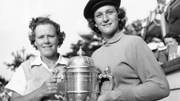 Winner Babe Didrikson (R) and runner-up Patty Berg (L) at the All-American golf championship at the Tam O'Shanter Country Club, Chicago, Illinois, 1950. (Credit: Underwood Archives/Getty Images)