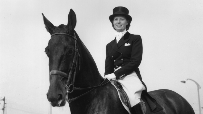 Lis Hartel of Denmark at a 1953 horse show. (Credit: Terry Fincher/Keystone/Getty Images)