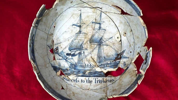 """A punchbowl depicting a ship and the words """"Success to the Tryphena."""" (Credit: Sarah Jane Ruch/Museum of the American Revolution)"""