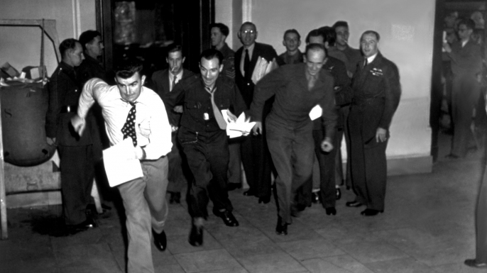 Reporters dash from the courtroom with the Nuremberg verdicts.