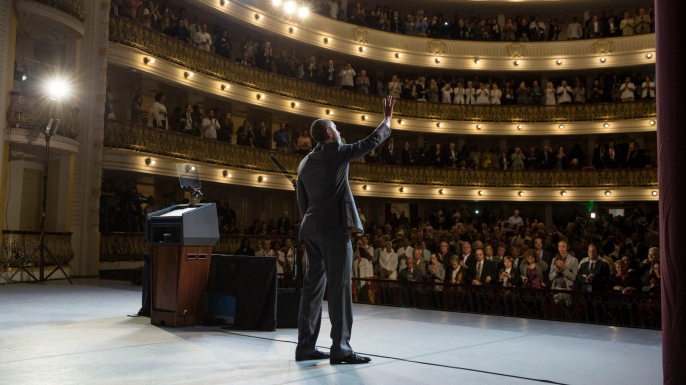 President Barack Obama waves after delivering remarks to the people of Cuba at the Gran Teatro de La Habana Alicia Alonso in Havana, Cuba on March 22, 2016. (Official White House Photo by Pete Souza)