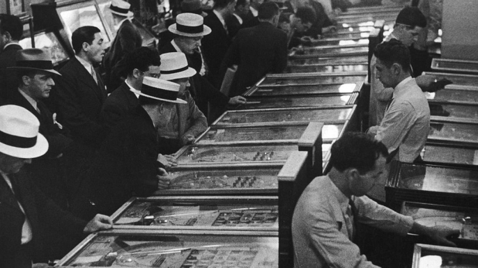 Men playing pinball, c. 1935. (Credit: FPG/Hulton Archive/Getty Images