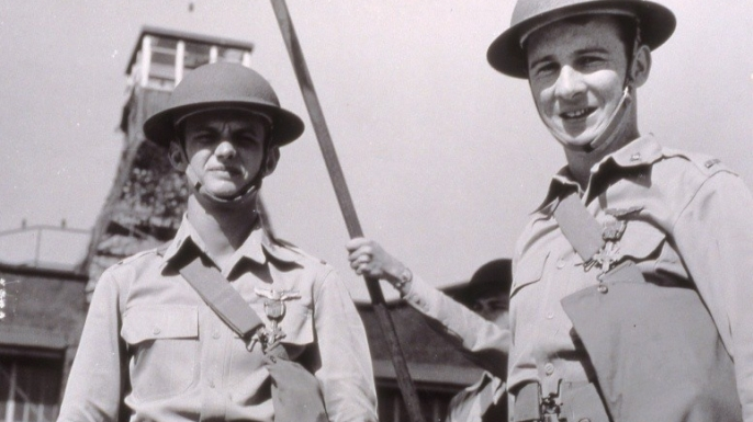 Welch and Taylor during the awards ceremony for their Distinguished Service Cross medals. (Credit: U.S. Army Signal Corps collection)