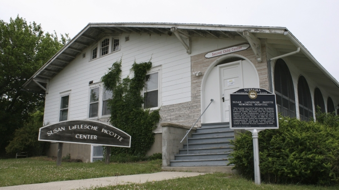 Susan LaFlesche Picotte Center, which LaFlesche built in 1913. (Credit: Joelwnelson/Wikimedia Commons)