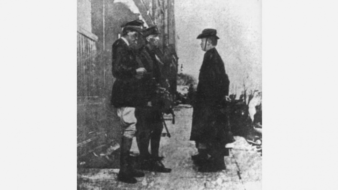 Pearse and O'Farrell surrender to the British, Easter Rising.