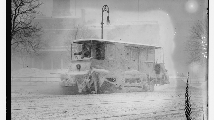 Snow plow during storm, New York. (Credit: Library of Congress)