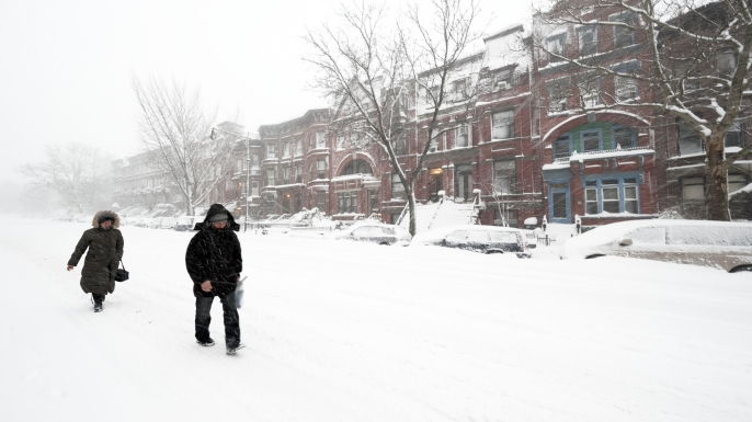 Park Slope, Brooklyn, NY, during a snow blizzard in February 2010. (Credit: Joseph Holmes/Getty Images)