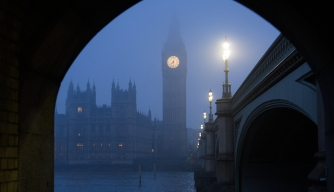 LONDON, UNITED KINGDOM - JANUARY 23:  The Houses of Parliament and the Elizabeth Tower, commonly known as Big Ben, are seen through the fog on January 23, 2017 in London, United Kingdom.  Around 100 flights from airports around London have been cancelled due to the thick freezing fog covering the south of England.  (Photo by Leon Neal/Getty Images)