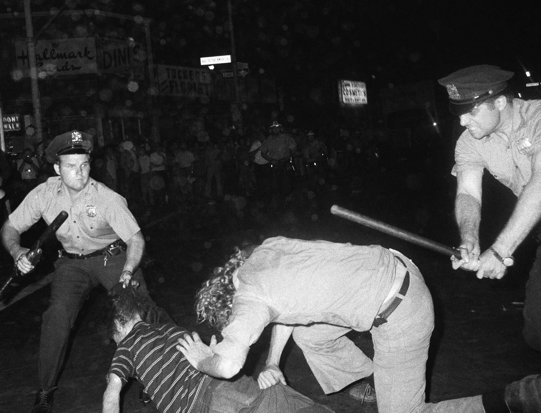 How The Mob Helped Establish Nyc S Gay Bar Scene History