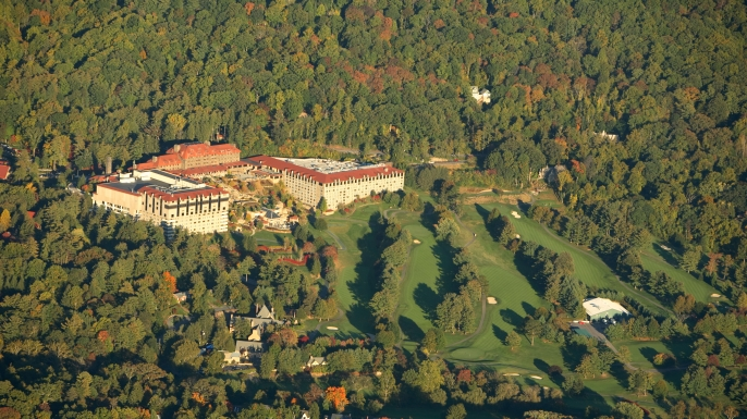 Aerial view of the Grove Park Inn and its golf course in Asheville, NC (Credit: Aurora Photos / Alamy Stock Photo)