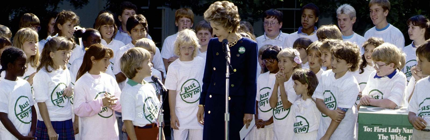 "First Lady Nancy Reagan accepts a check on behalf of the ""Just Say No Club"". (Mark Reinstein/Corbis via Getty Images)"