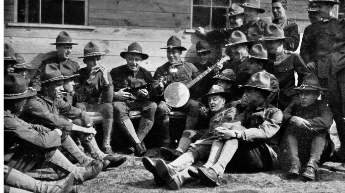 Glee club string band at a military training camp in Plattsburg, New York. (Credit: SOTK2011/Alamy Stock Photo)