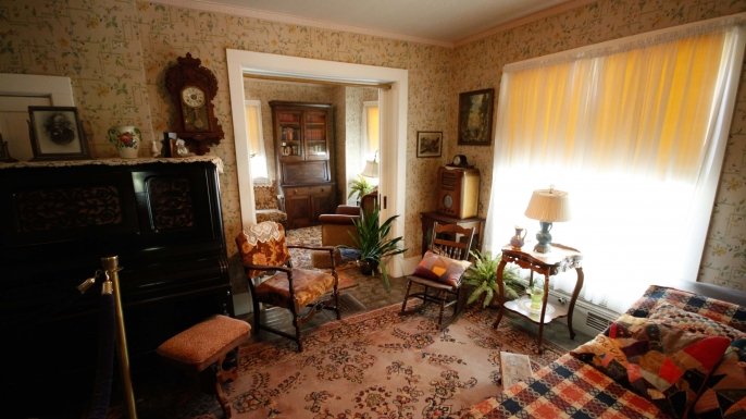 Inside the boyhood home of Dwight D Eisenhower. (Credit: 5 Flip-Flops/Flickr Creative Commons/CC BY-NC-ND 2.0)