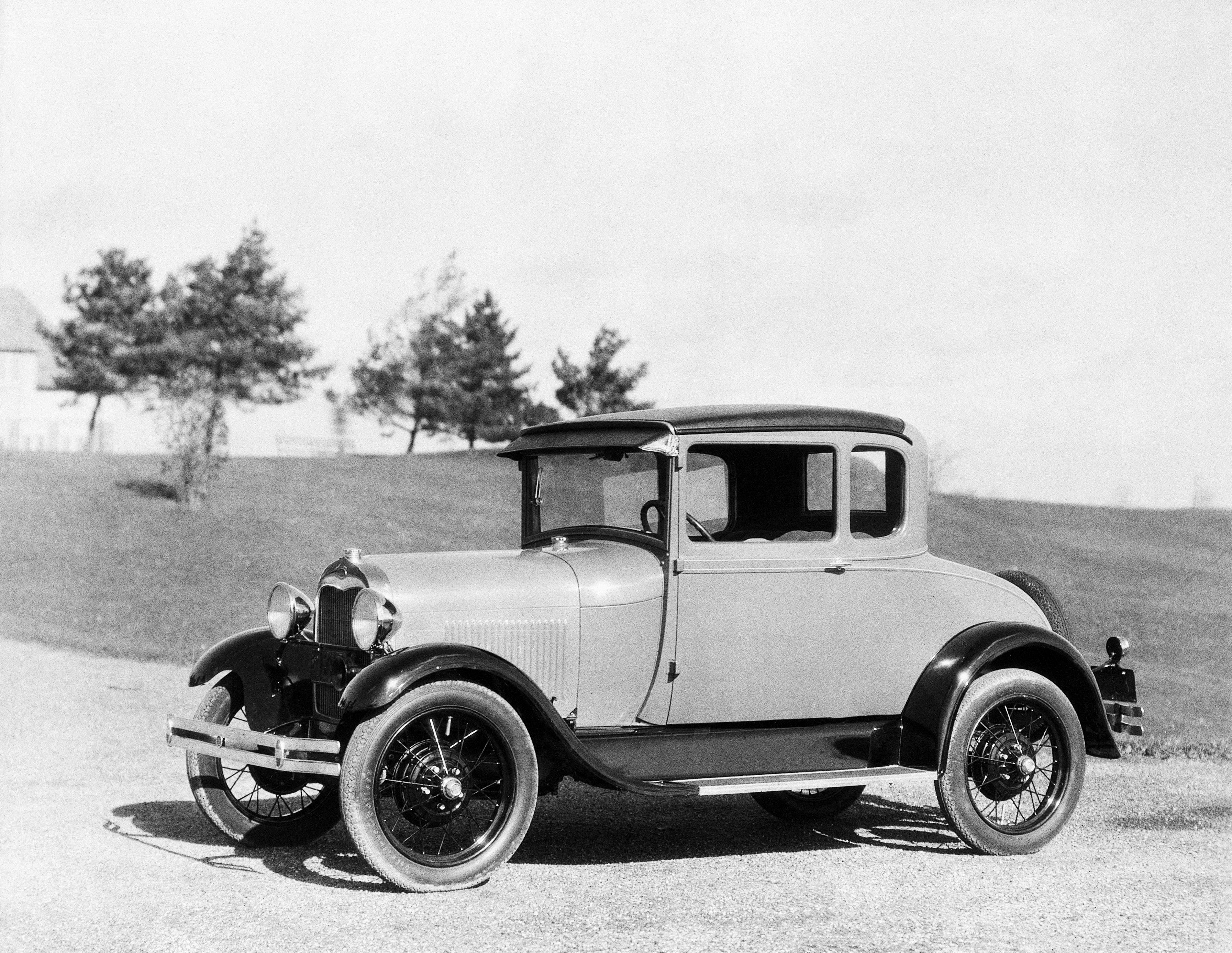 The Cars That Made America History In The Headlines - A ford car