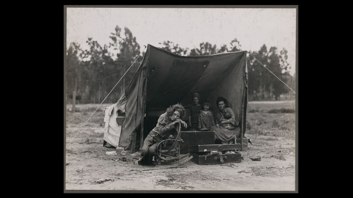 Migrant agricultural worker's family in Nipomo, California. Photograph by Dorothea Lange. (Credit: The Library of Congress)