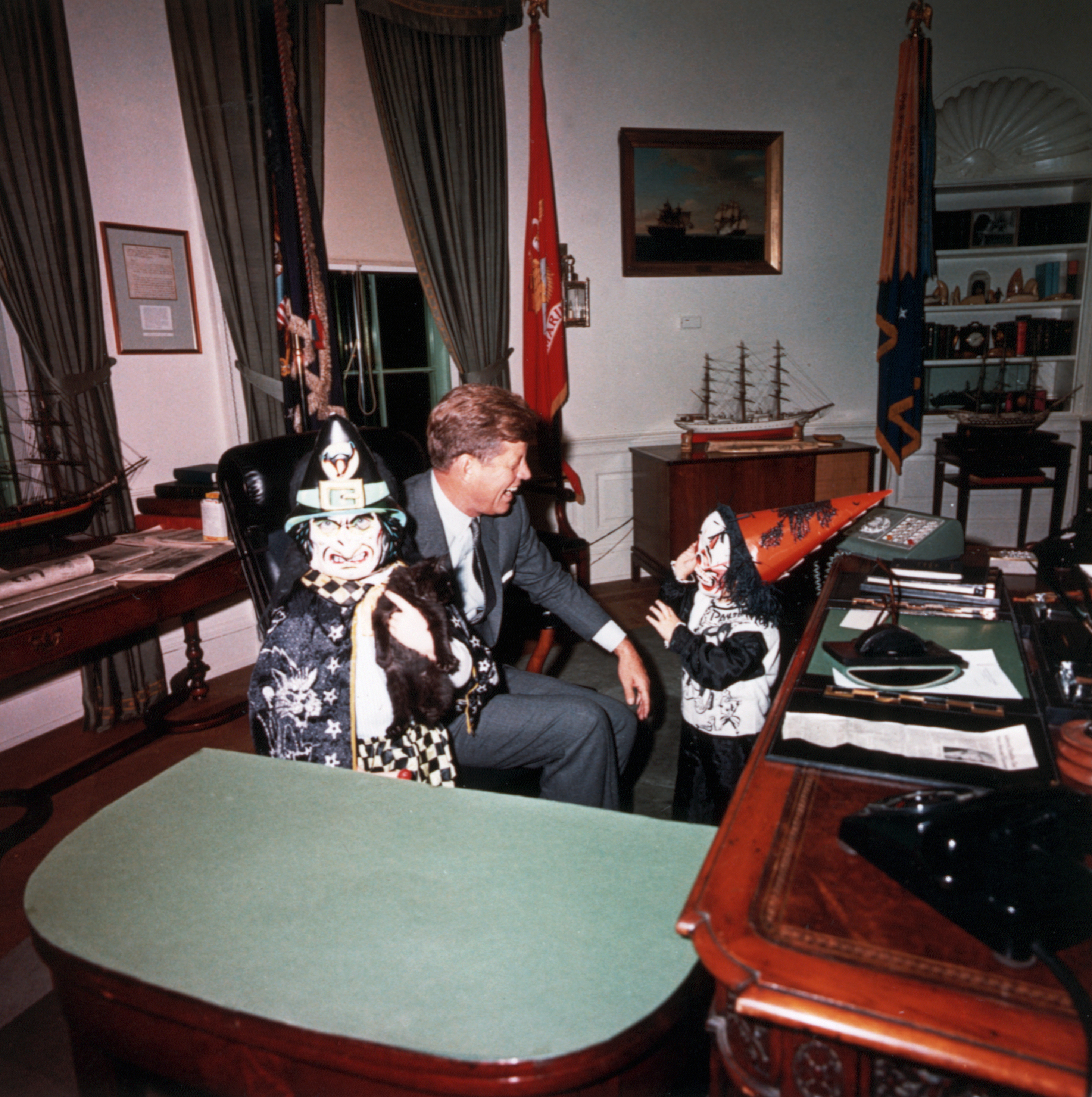 Richard Nixon Costume: Monsters In The White House: The Best Presidential