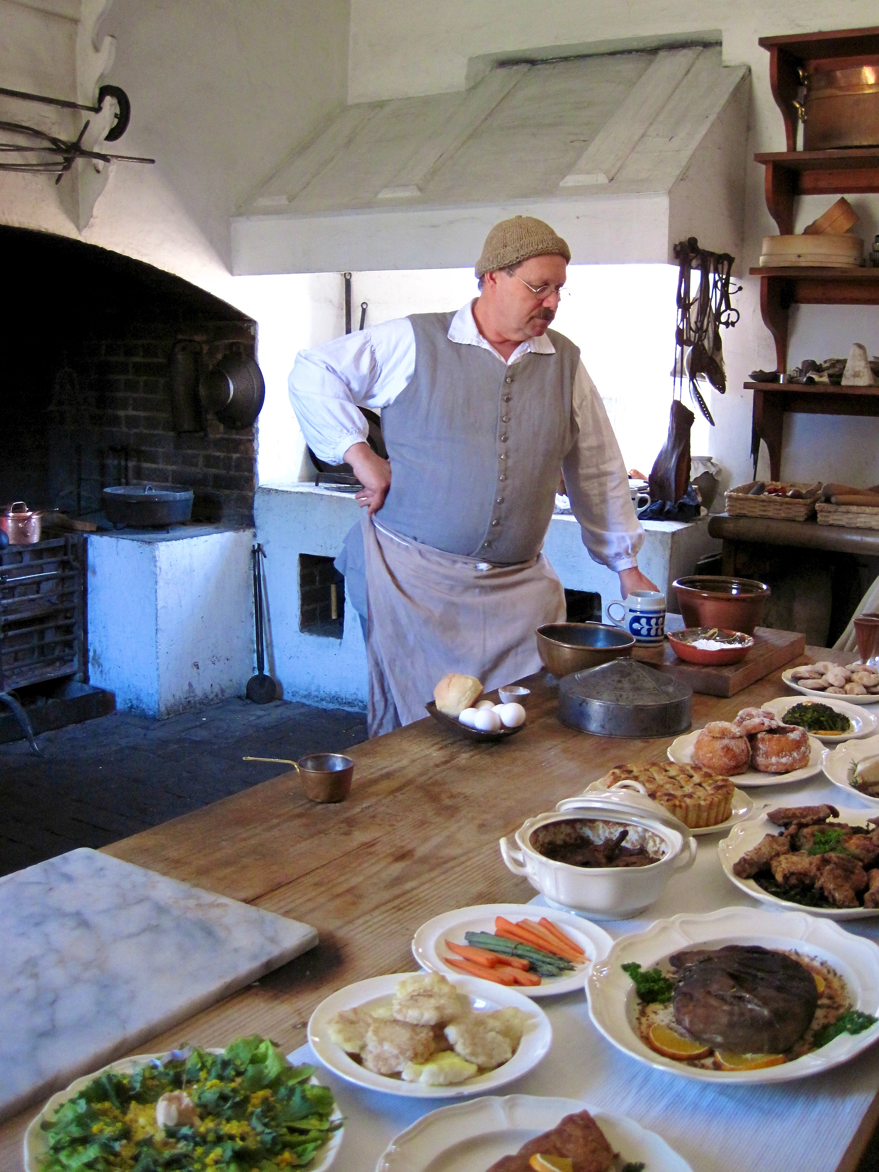 Historic Foodway's kitchen in Colonial Williamsburg. (Credit: Via Tsuji/Flickr/CC BY-NC-ND 2.0)