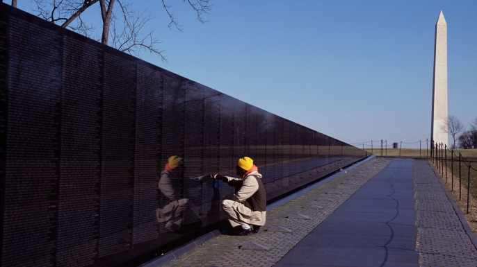 Vietnam Veterans Memorial Wall in Washington DC. (Credit: Rolf Adlercreutz/Alamy Stock Photo)