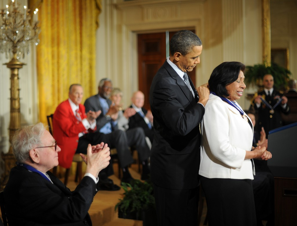 U.S. President Barack Obama presenting the 2010 Medal of Freedom to Sylvia Mendez, a civil-rights activist of Mexican and Puerto Rican descent. At age 8, Mendez played a pivotal role in a 1946 landmark court case that desegregated California schools.  (Credit: Tim Sloan/AFP/Getty Images)
